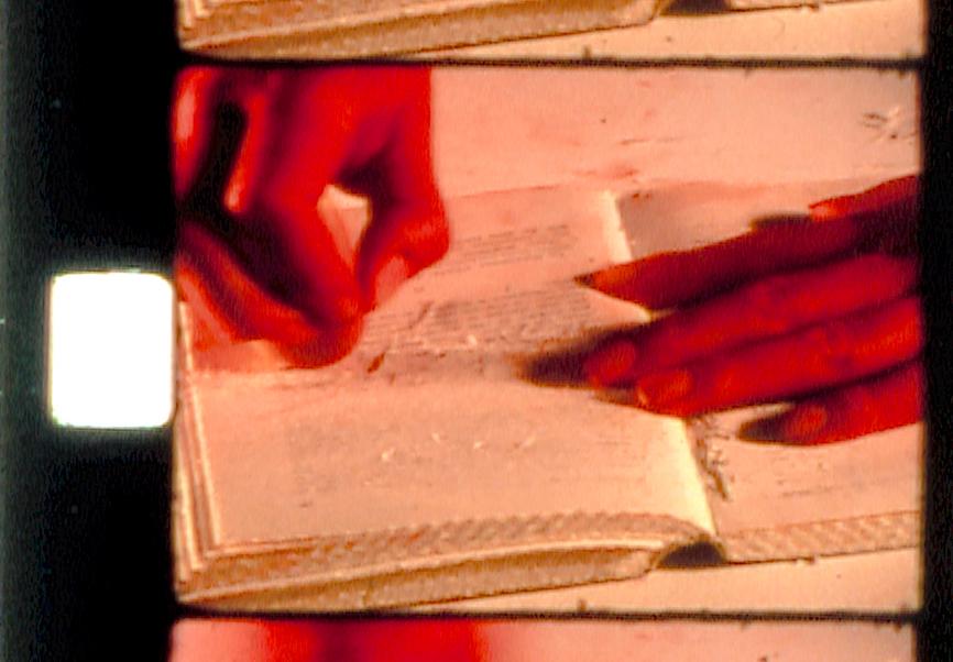 Le gommage du livre - 2002 - Super-8 - 3'30