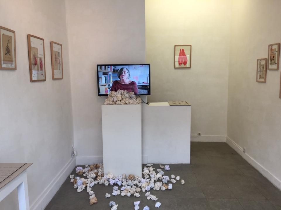 Cracher le morceau - vue de l'installation - galerie Satellite - février 2021